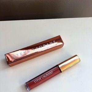 NWT Steve Laurant Velvet Matte Liquid Lipstick